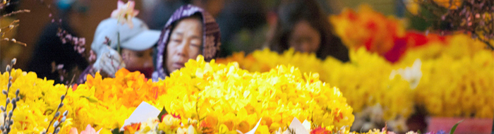 Flower vendors at Pike Place Market photo